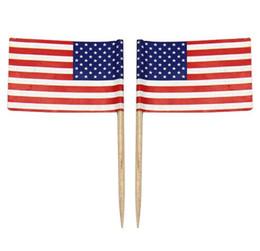 Livraison Gratuite 100 pcs Mini Drapeau Américain Polyester USA Drapeau Jour de l'Indépendance Bannière Pics Cupcake Sticks Étoiles Rayures Drapeau États-Unis ? partir de fabricateur
