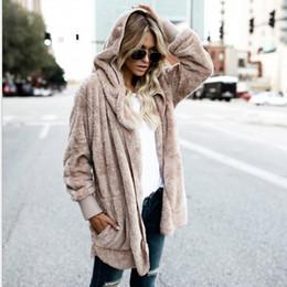 casacos de inverno com capuz de pele Desconto Faux Fur Com Capuz Plus Size Casaco de Inverno Mulheres Quentes Aberto ponto de Manga Longa Reversível Casacos e Jaquetas Mulheres Casaco Feminino FS5908