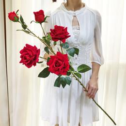 вазы для стола Скидка Искусственные цветы один стебель цветок поддельные шелковые розы стол центральные свадебные украшения Валентина подарок цветок для вазы свадебный букет