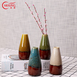 Vasi fatti a mano online-VENDO Decorazione per la casa Accesssories Vaso moderno Vasi di fiori in ceramica smaltata Vaso piccolo fatto a mano decorativo per ufficio bar dell'hotel
