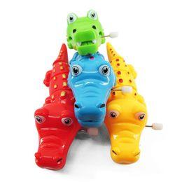 Frete grátis Crianças Criatividade Commodity Clockwork brinquedos de crocodilo Dos Desenhos Animados animal pequeno brinquedo Best selling toy de