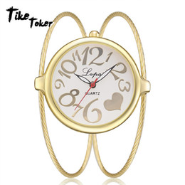 Orologio poco costoso del rhinestone online-TIke Toker, Lvpai Luxury Ladies Bangle Watches per donna Rhombus Cheap Gold strass Watch Dress Quarzo Orologio da polso Orologi
