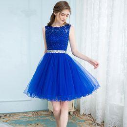2018 Graduación De Graduación Corto Azul Elegante Tul Vestidos Del Regreso Al Hogar Mini Abalorios Vestidos De Regreso A Casa De Encaje Más Tamaño