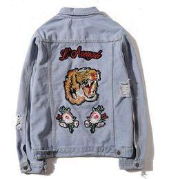 Wholesale chaqueta denim hombre - Men's Denim Jacket fashion Jeans Jackets Slim fit casual tiger embroidery coat Chaqueta Hombre