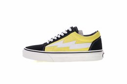 Wholesale fashion stores for men - 2018 New 18SS Revenge x Storm Australian Pop-up Store 2 Lightning Casual Canvas Shoes Old Skool for Women Men Best Fashion Designer Sneakers