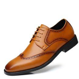 vestidos de carrera amarillos Rebajas Zapatos vendedores calientes amarillos de los zapatos de Brogue del dedo del pie puntiagudo zapatos de cuero de la PU hombre negro Office Career Leisure Dress Shoes Zapatos más el tamaño 38-48