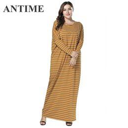 b57fc209794f3b ANTIME femmina nuovo abito giallo o-collo autunno inverno pieno manica  dritto a righe donna abiti lunghi abiti casual vestiti lunghi a maniche  lunghe a ...