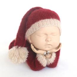 Roupas de Natal do bebê Borgonha Chapéu De Papai Noel Terno De Malha Roupas  Recém-nascidas Do Bebê Newise Foto Prop Romper Infantil Pant Conjunto Prop  ... e90c942a685