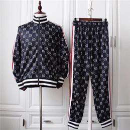 Nuova tuta Palm Angels Uomo Donna Old School Track Suit Fashion Side  Stripes Abbigliamento sportivo Coppie Hip Hop Club Suit 9e226c2ccd2b