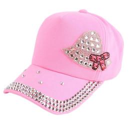 Gorra de béisbol para niña de diamantes de imitación de niños de 3-10 años  de edad 2018 nueva moda para niños niñas sombrero Ofertas de casquillos de  ... aa1fe773922