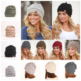 Wholesale Thick Knit - 9 Colors Winter CC Labeling Warm Wool Knit Autumn Fashion Slouchy Beanie Warm Thick Hat Skullies Casual Knitted Caps YYA964
