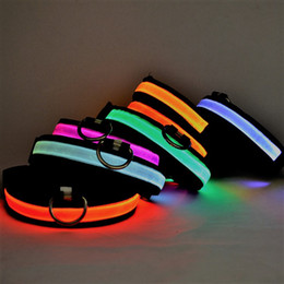 Wholesale Led Light Dog Collar Wholesale - 2018 New Arrival Real Chirstmas Dogs Perro Night Safety Led Light Dog Collars Glowing Nylon Ribbon 6colors 4sizes Small Medium Lovely Pet