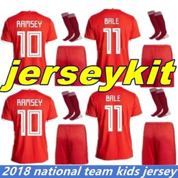 Wholesale kid boy wearing shirt short - 18 19 Wales National Football Shirt Home Red Soccer Jersey GARETH BALE AARON RAMSEY Wales Football Jersey Kids Kit Child Soccer Wear Socks