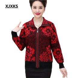 Wholesale Cashmere Cardigan Xs - New 2017 woman cardigan sweater long sleeve middle aged women thick zipper cardigans Floral cashmere sweaters 8913