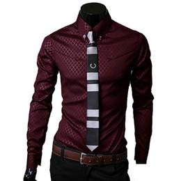 Camicia a camicia bianca online-Camicie a quadri da uomo Brand 5XL Nuovi uomini S Camicie a maniche lunghe Maniche lunghe Vestibilità Slim Casual Nero Bianco Abbigliamento maschile maschile Chemise Homme