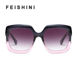 lunettes de soleil de célébrité Promotion FEISHINI Stars Shine Cadre En Plastique Festival Celebrity Square Lunettes De Soleil Surdimensionnées Dames GRIS Mode Femmes Lunettes UV Protecteur