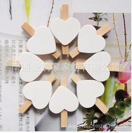 Wholesale Wooden Postcards Wholesale - 100Pcs Lot Free Shipping Cute Wooden Mini white Heart Shape Clip Photo paper postcard Clips pegs Wedding Party Decoration 30mm