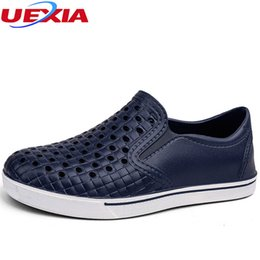 Wholesale Wholesale Work Shoes - UEXIA Comfortable Men's Sandals Slip On Garden Clogs Pool Beach Water Hollow Shoes For Men Casual Work Medical Breathable Light