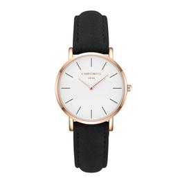 Женские круглые часы онлайн-Оптовая Марка часы для женщин часы роскошные повседневная Кварцевые наручные часы круглой формы скраб кожа PU ремешок женские часы Relogio Feminino