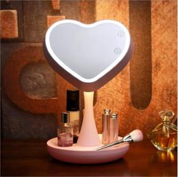 2019 isolierfolienpapier Touch Screen LED Licht Spiegel Einstellbare 360 Grad-Drehung Make-up Kosmetikspiegel Kosmetik Tisch Desktop-Spiegel mit Licht