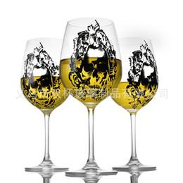 Taza taza del cráneo online-Crystal Skull Wine Glasses Cup Taza de cerveza de moda de alta capacidad Cáliz transparente para Festive Gift Venta caliente 18sb Ww