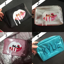 Wholesale Cosmetic Discounts - DISCOUNT Kylie Cosmetics Bags by Kylie Jenner Holiday Collection Make-Up Bag Limited Edition Kylie Makeup Collection Bags Free