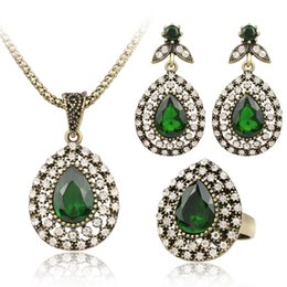 Wholesale glass plate pendant light - Jewelry Sets Wholesales - Chocker Earring Sets Gold Plated Dangles Alloy Glasses Necklaces Red Green Pendants Chandelier