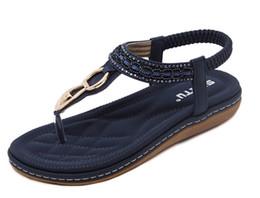 Flip flop decorações on-line-Novas mulheres Boemia Sandálias flat shoes mulher Corda Bead flip flop Decoração De Metal sandálias de praia sapatos casuais eur35-41