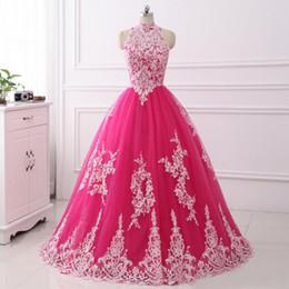Barato rosa puffy vestidos de baile online-Cuello alto Hot Pink Quinceanera Vestidos 2017 Recién Llegado de encaje de tul vestido de bola Dulce 15 Vestidos Puffy Prom vestidos de debutante baratos