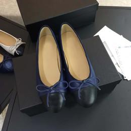 Bags bows on-line-2018 Nova Chegada de Luxo das mulheres Plana Arco De Couro Rendas Plana Sapatos de Ballet, cetim Face 16 Cores com caixa original sacos de poeira transporte rápido