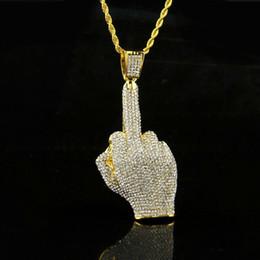 ciondolo dito medio Sconti Collana con diamanti a forma di dito di via centrale, diamante da strada, trapano pesante, lega piena di diamanti, ciondolo con dito verticale, gioielli con gemme e orecchini