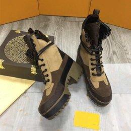 Botas gruesas de invierno online-botas de invierno botas cortas de cuero suelas gruesas Martin botas Calidad cabeza capa de piel de vaca + vaca fina dentro de las piernas de lana importación de gamuza tamaño 42