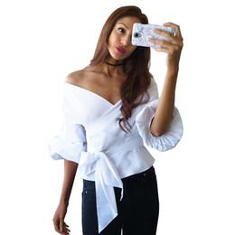 Elegante Cruz Lace Up Slim Camisas Femininas Beleza Mulheres Strapless Puff  Sleeve Camisa Xadrez V Neck Frente Bow Tie Blusa gravata borboleta cruzada  ... 243cd8e2df4
