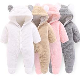 2020 diseño de tela de invierno Los bebés de invierno gruesos mamelucos de invierno de primavera Las niñas de una pieza monos de lana forro Panda Designs Pink Clothes WUA872401 diseño de tela de invierno baratos