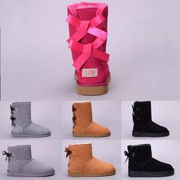91a90f122c2ba Femmes d hiver bottes de neige Australie WGG Boot Lady Tall court genou  cheville noir gris bleu marine rouge Designer Casual chaussures de plein  air taille ...