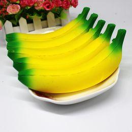 Банановый ремешок онлайн-Новый медленный рост Джамбо болотистый банан фрукты игрушки 18 см размер Squishies игрушка кукла декомпрессии непоседа игрушки телефон ремни
