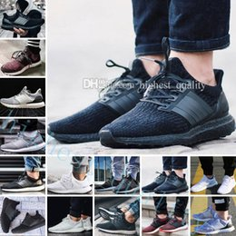 Wholesale Hot Dog Shoes - Hot New Ultra Boots 2.0 3.0 4.0 UltraBoots men running shoes sneaker womens designer Sport UB CNY Dog Snowflake Core Triple Black All White