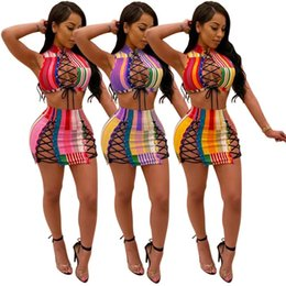 2020 сексуальное кружевное мини ночное платье Мода женской одежды 2 шт платье Установить Sexy Шнуровка Night Club Criss Cross Tank Mini Tops мини-юбки выдалбливают Bodycon Vestidos Y098 дешево сексуальное кружевное мини ночное платье