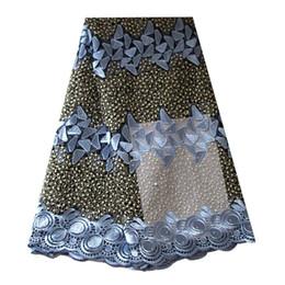 Tessuto africano del merletto di Ourwin 2018 Merletto svizzero di alta qualità Tulle blu azzurro Tessuto netto del merletto dell'Africa per il vestito delle donne nigeriane da