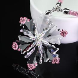 Interior del coche de cristal online-Adornos colgantes para automóviles Colgante Cristal Diamante Copo de nieve Espejo Retrovisor Decoración Diamante Copo de nieve Auto Interior Accesorios