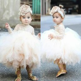 Canada 2018 mignon Toddler Puffy Ball robe fille de fleur robes dentelle Top corsage manches longues Tulle Ivoire Tutu première communion robes BA9071 supplier ivory bodice Offre