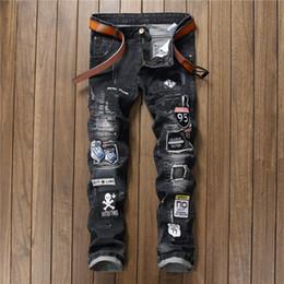 Calças homens rap on-line-BIEPA Riscado Homens Jeans Jeans Motociclista Patchwork Slim Fit Jeans Preto Punk Rock Rap Lavado Hetero Homens Rasgado Calças Calças