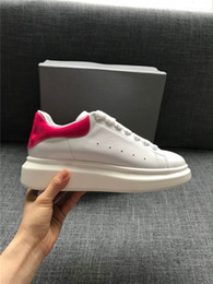 Wholesale Womens Casual Walking Shoes - 2018 New Luxury Casual Shoes Designer Comfort Pretty Mens Womens Casual Leather Shoes White Europa Fashion Walking Sneakers
