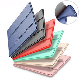Tapa magnética de cuero tríptico PU Cubierta frontal de silicona completa Tapa suave y elegante Estuche inteligente para nuevo iPad 2017 2018 9.7 Pro 10.5 2 3 4 5 6 Air Mini desde fabricantes