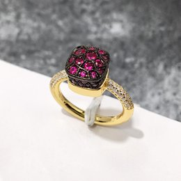 Classico di lusso reale solido diamante gioielli da sposa anelli di fidanzamento per le donne CZ ETERNITY BAND fidanzamento matrimonio anelli di pietra 2018 cheap solid stone band da banda in pietra solida fornitori