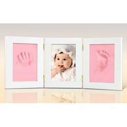 2019 imagem dobrada Frames de retrato de madeira maciça três vezes Photo Frame bebê lembranças pegadas Handprint Infantil cem dias presente 25 5xy gg imagem dobrada barato