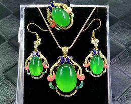 Jade verde-gelo on-line-Natural autêntica 925 prata incrustada calcedônia gelo pingente de jade de três peças verde ágata jade anel de pingente de orelha