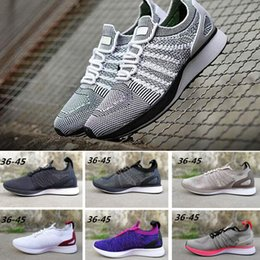 With Box nike flyknit air 2018 Fly Racer Trainer Knit Oreo Noir Blanc Gris  Chaussures De Sport Lunaire Free Run Casual Chaussures Hommes Femmes d'été  ...