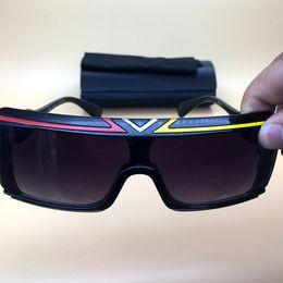 61439ce644 Gafas de sol de verano 2018 rectángulo negro gafas de marco para hombre  para mujer grandes lentes anteojos leyendas al aire libre playa conducción  GLasses ...