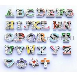 Prix de gros 130pcs-260pcs 8mm Mix couleur demi-strass Charmign Letters Alphabet anglais A - Z DIY Slide Lettres Charms ? partir de fabricateur